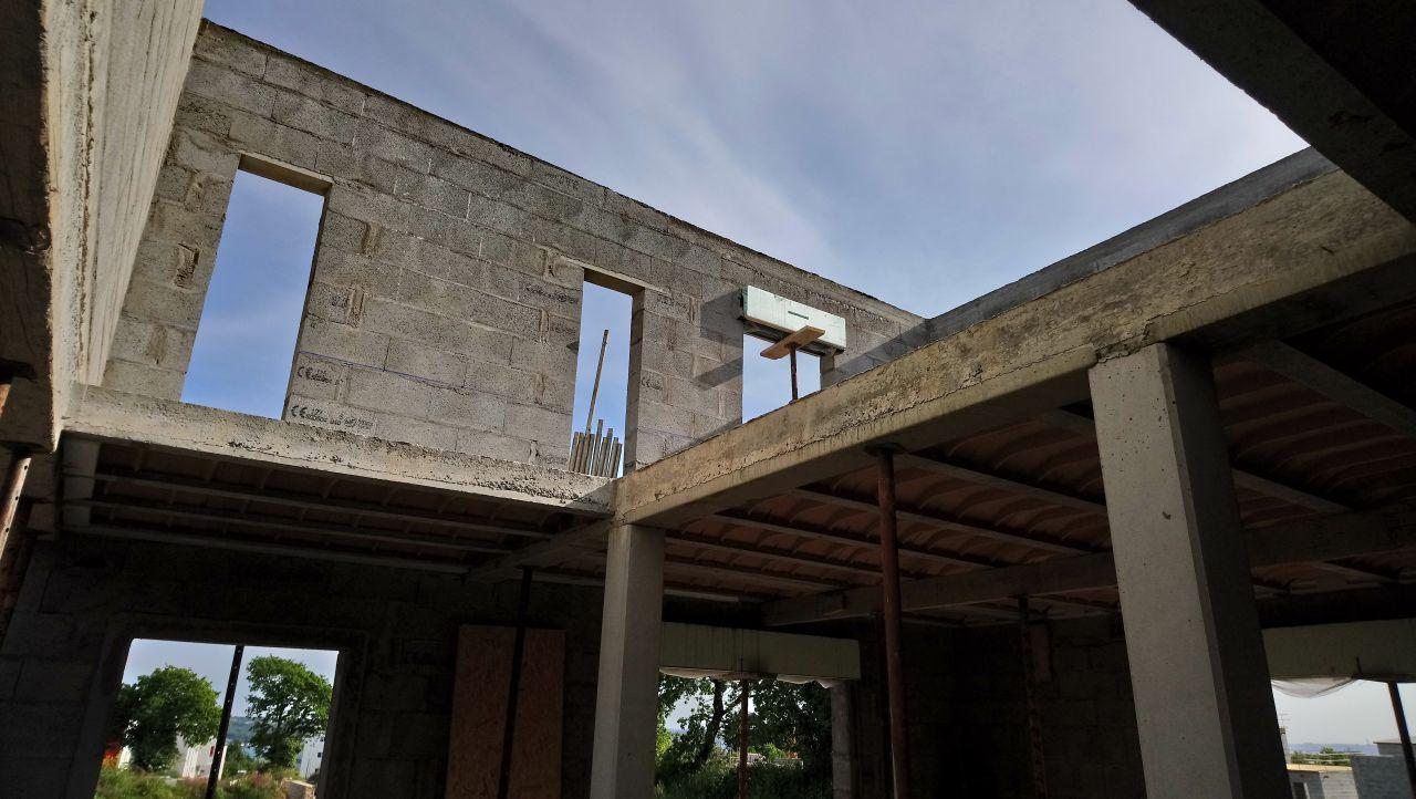 vue partielle de l'étage - maçonnerie terminée