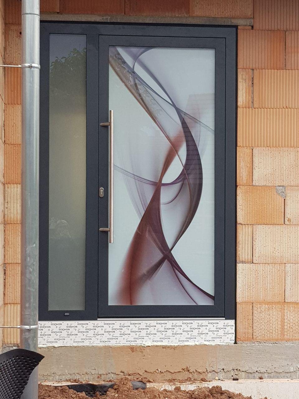 Porte d'entrée face extérieure