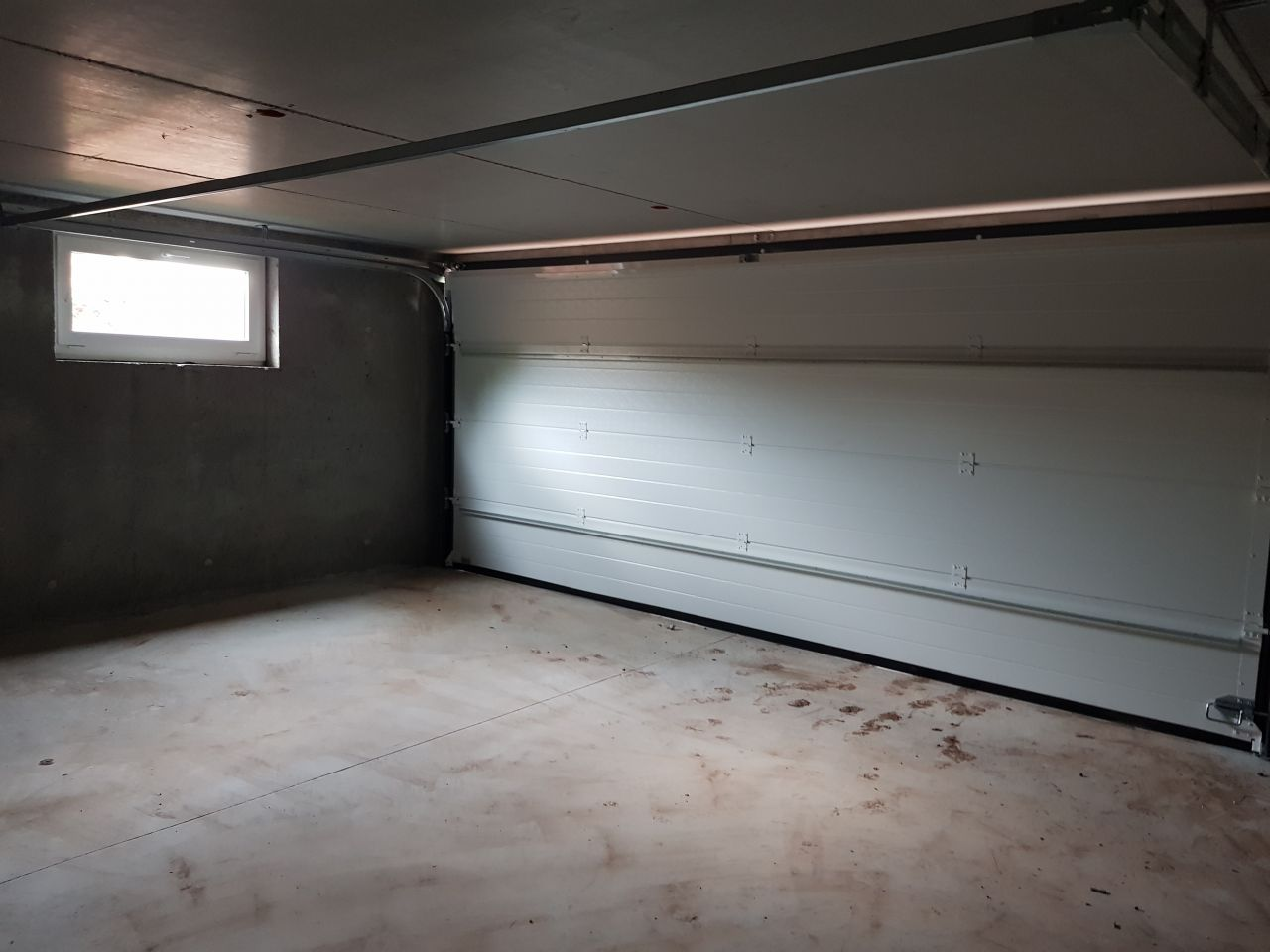Porte de garage vue intérieur