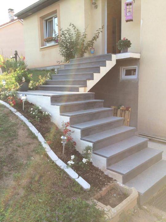 les escalier après la pose et le crépis