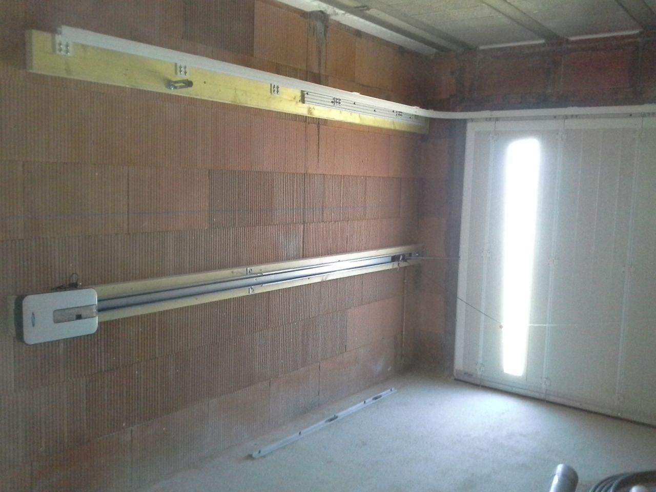 Une porte de garage... décalée