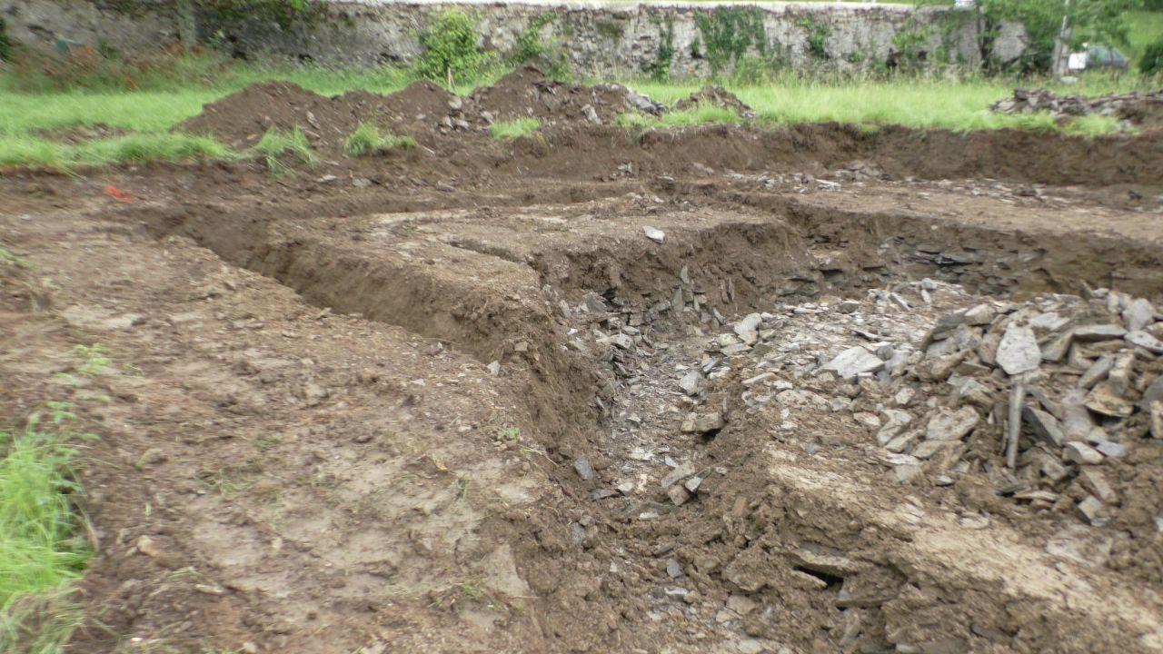 Mais les fondations respectent les dimensions et elles reposeront sur du solide.