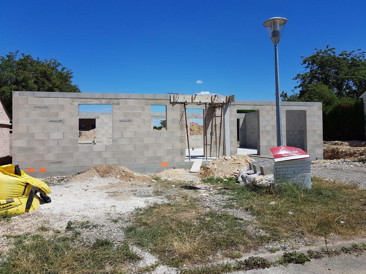 Fin élévation des murs