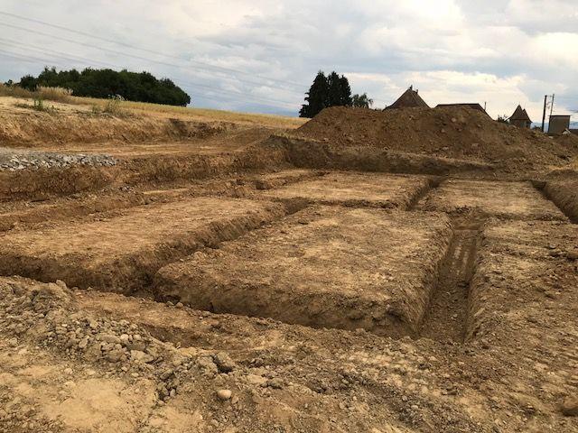 Une autre vue des fondations préparées