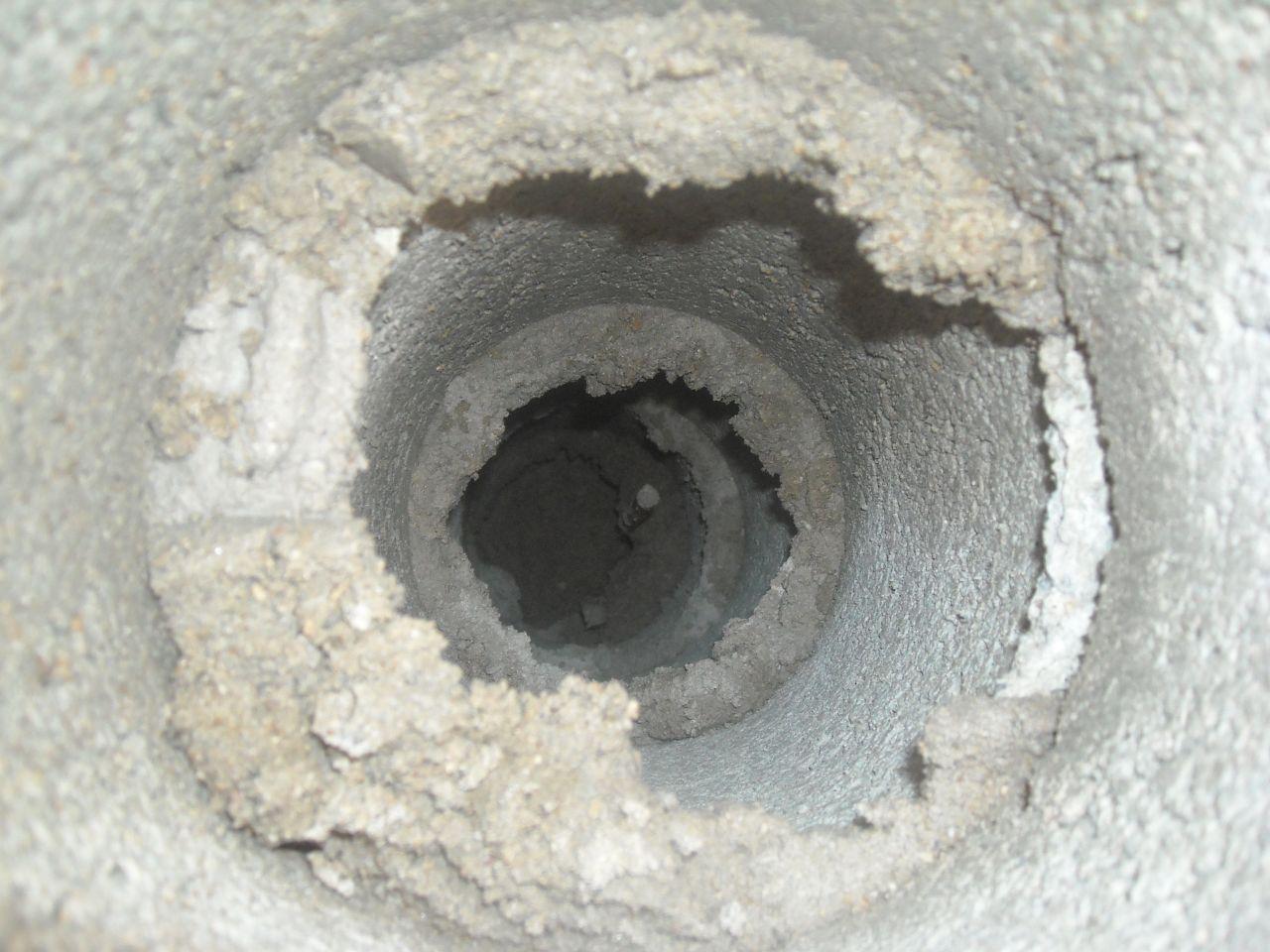 réserve pour les raidisseurs verticaux en béton armé