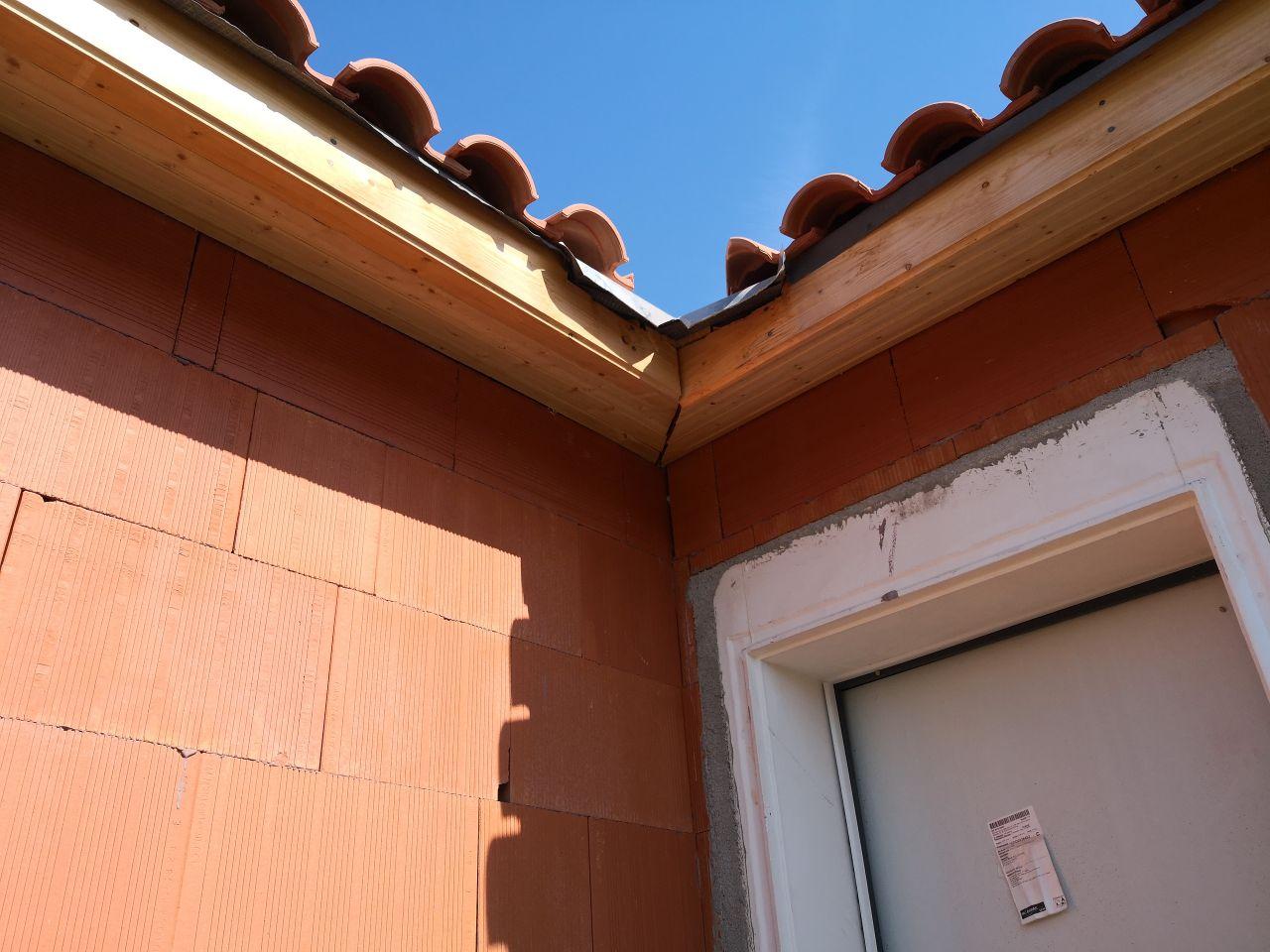 Bandes de rives - angle façade