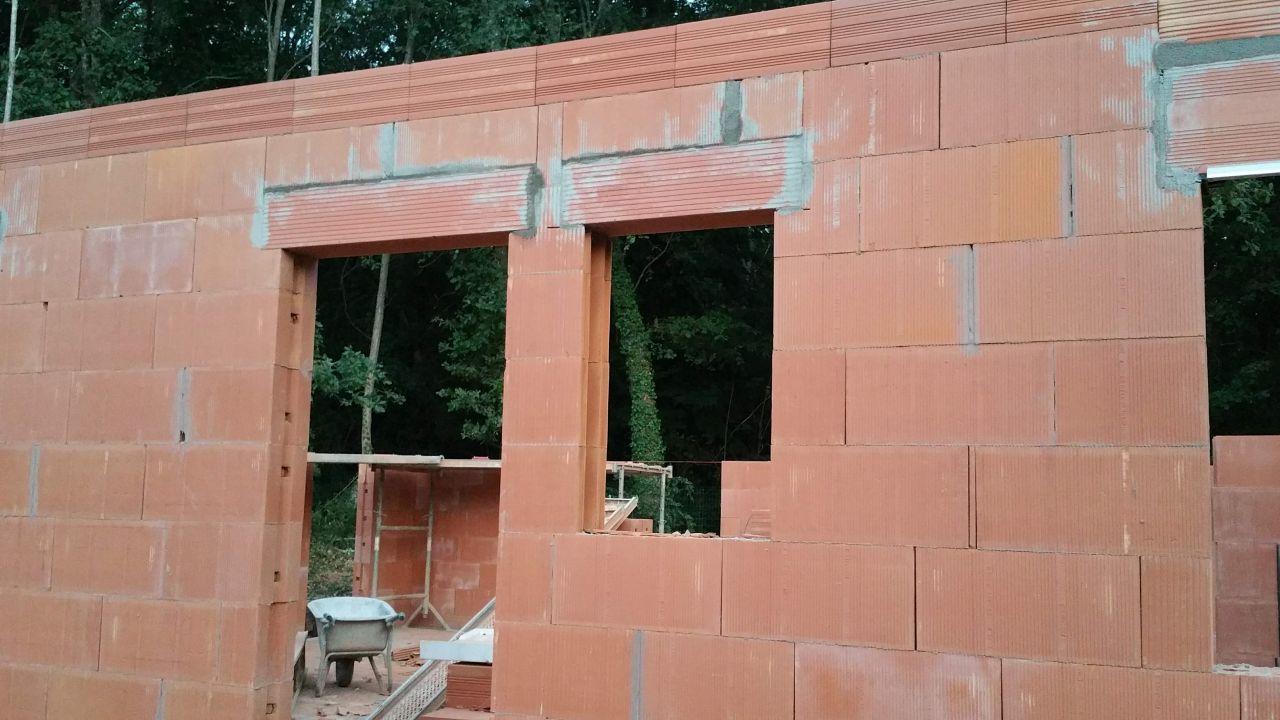 Trumeau problématique sur la facade avant
