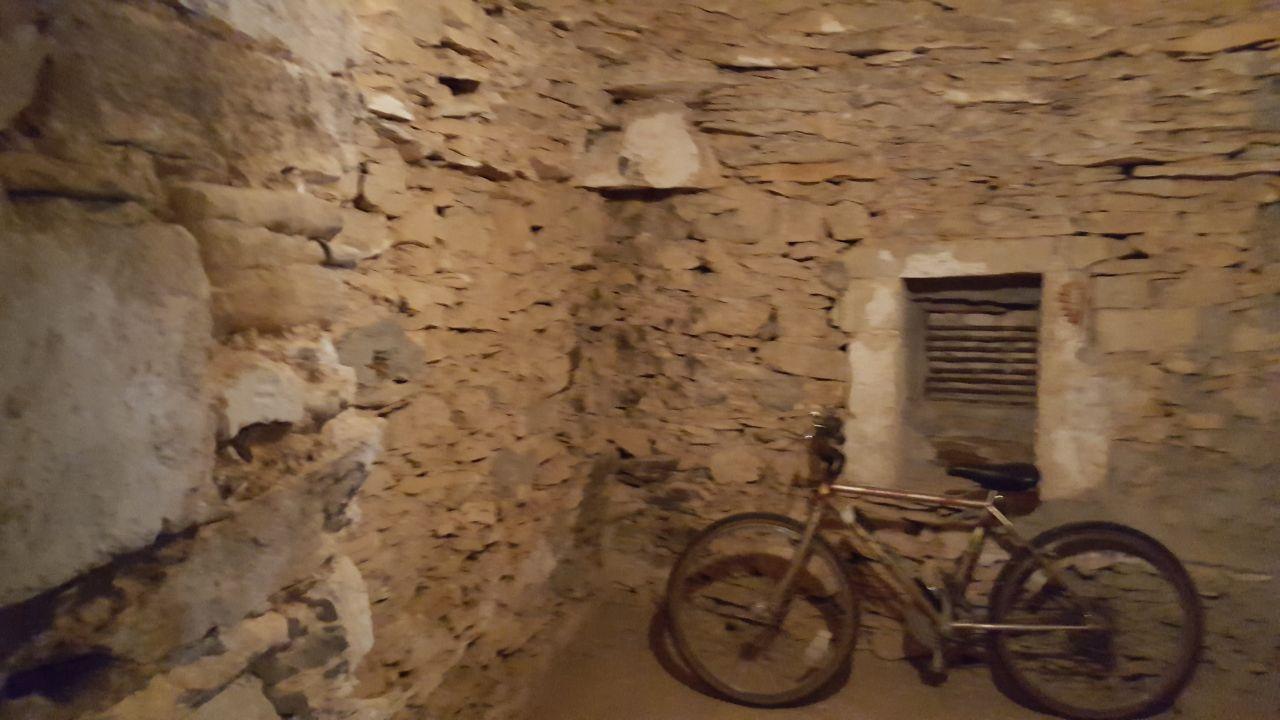 Capitelle pour une future cave à vin