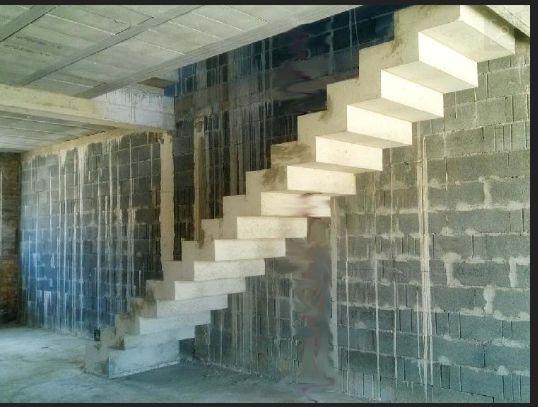 Escalier à sous face crémaillère