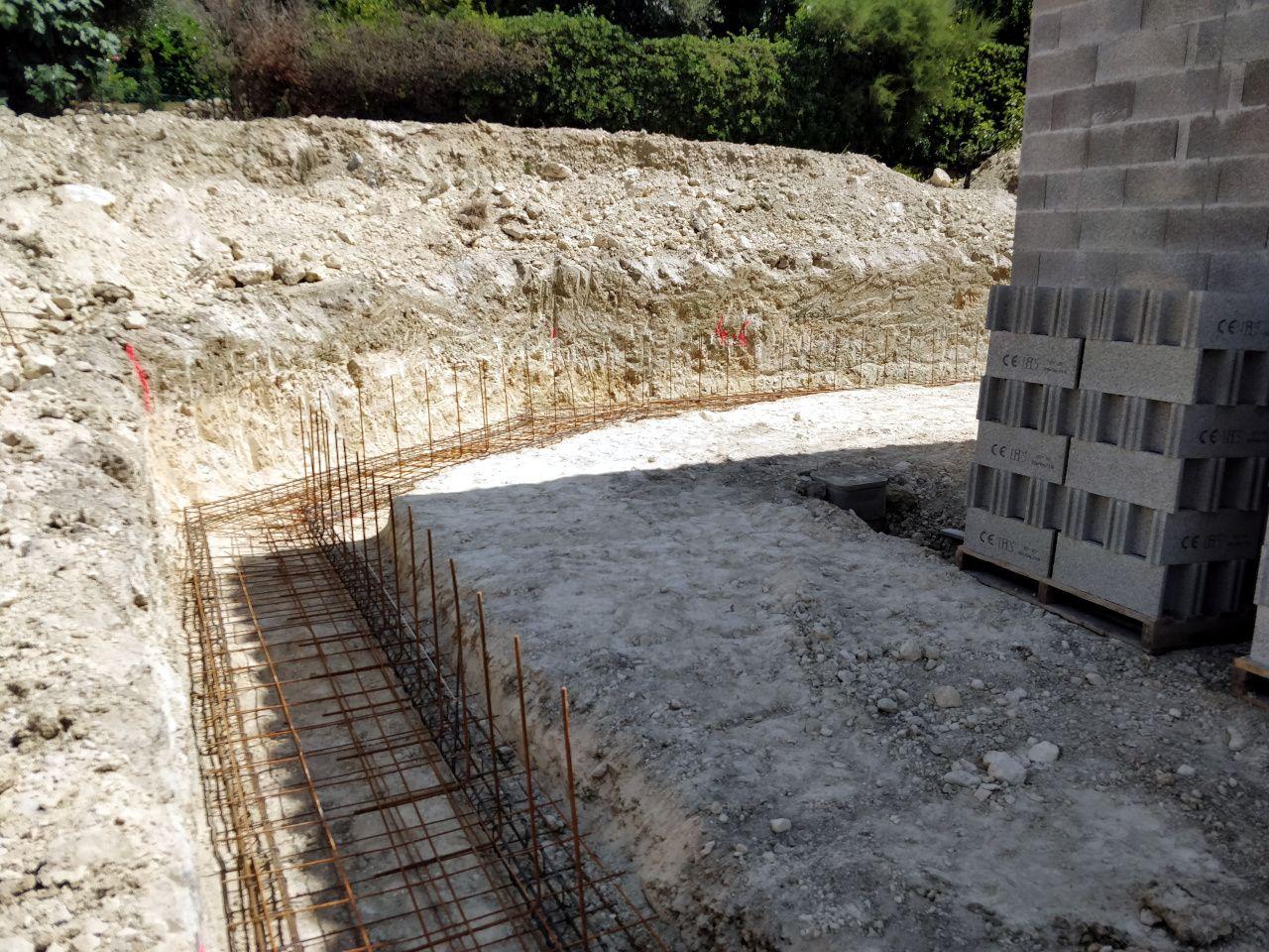 Mur de soutènement pour l'arrière de la maison.