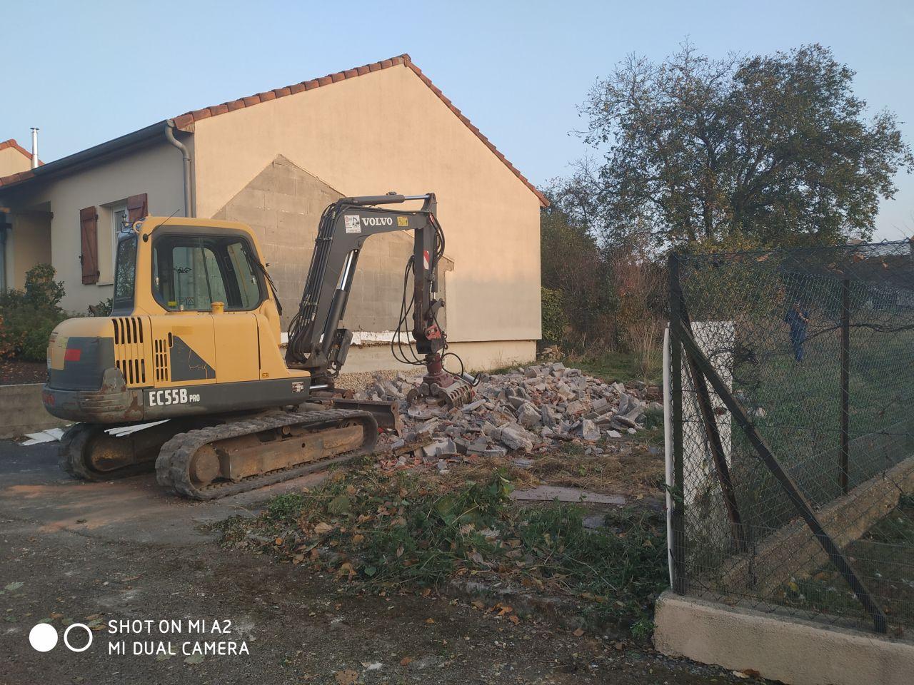 fin de la première journée de démolition