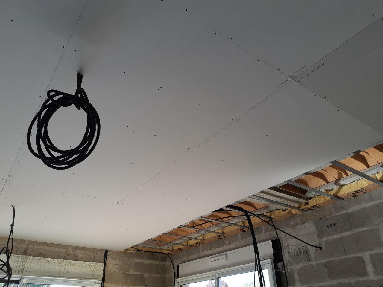 Pose du BA13 au plafond