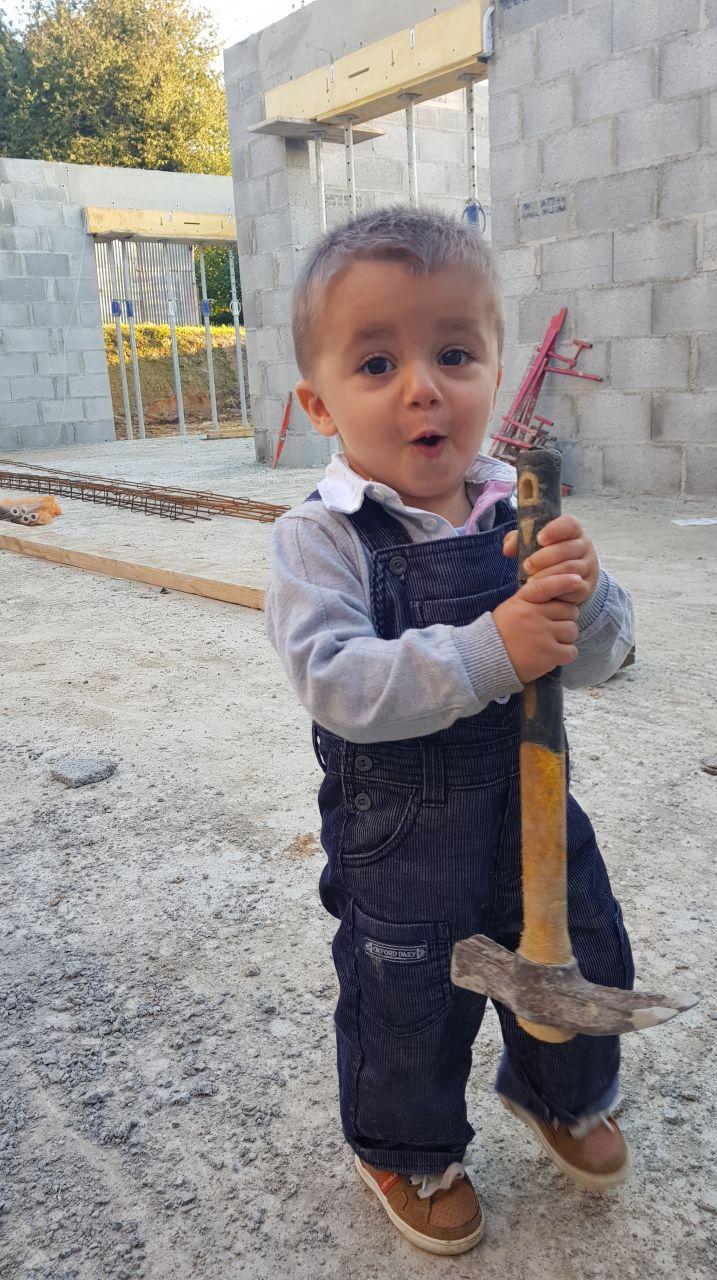 Mon petit chat sur le chantier !! Maçonnerie du 27/09/2018