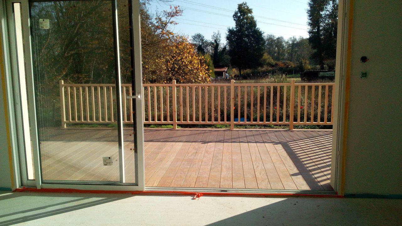 Terrasse vue depuis la cuisine