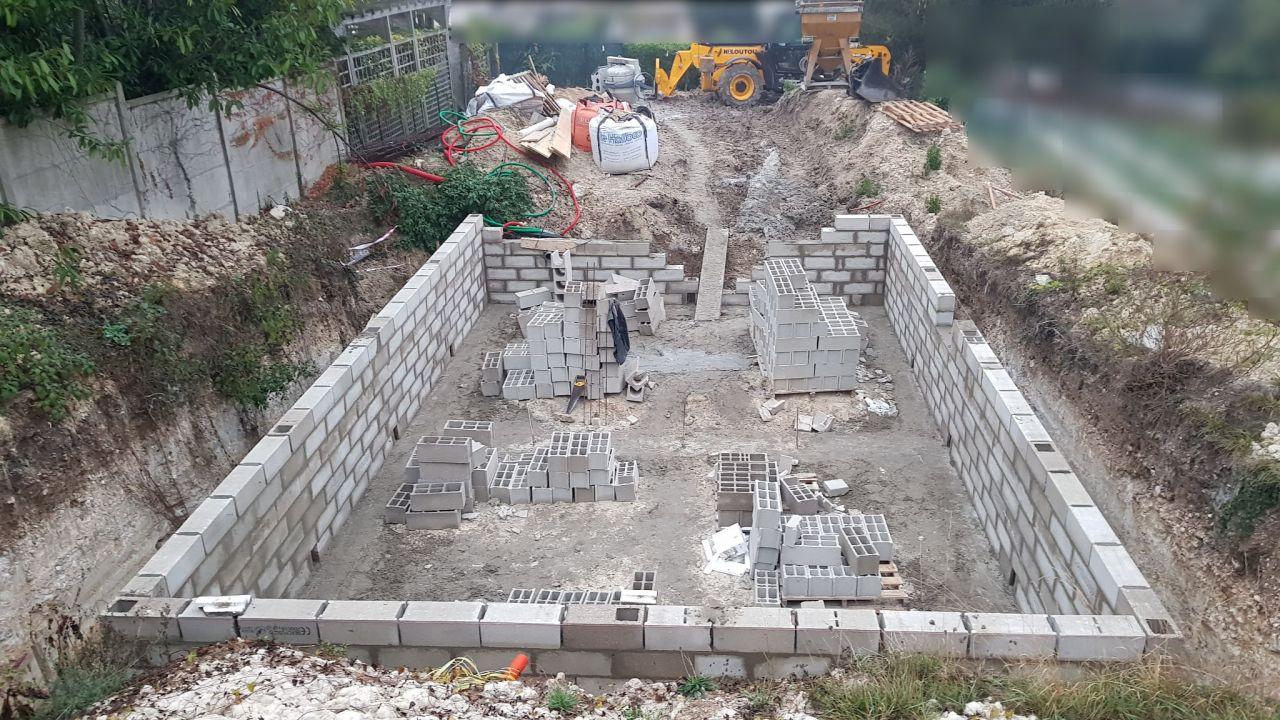 Murs du vide sanitaire presque finis