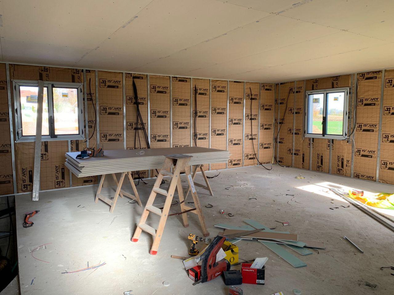 Isolation et plafond de l'étage (coin chambres)