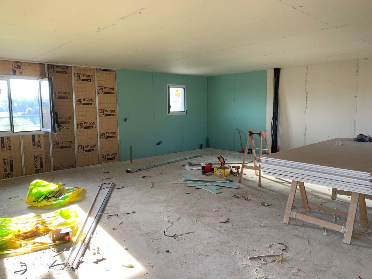 Isolation et plafond de l'étage (coin sdb)
