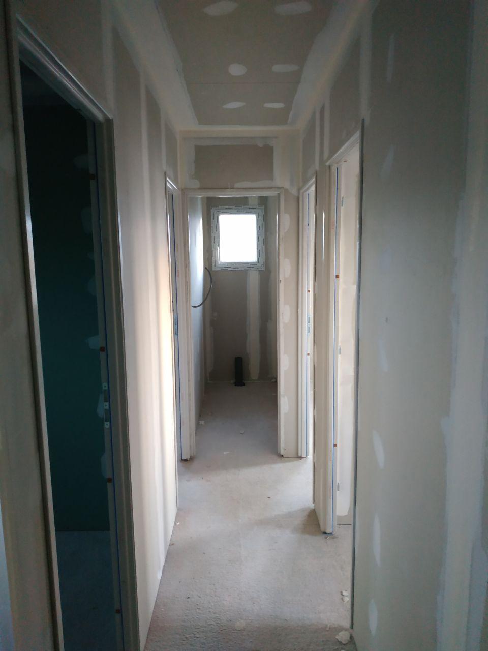 Pose de joints placo - Couloir Etage
