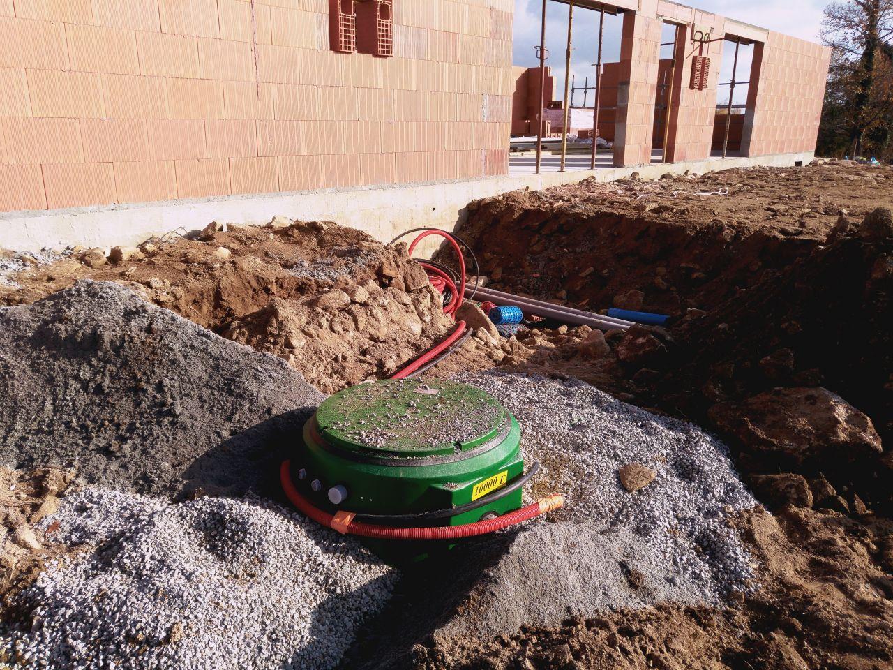 cuve de récupération d'eau de pluie 10 000 litres