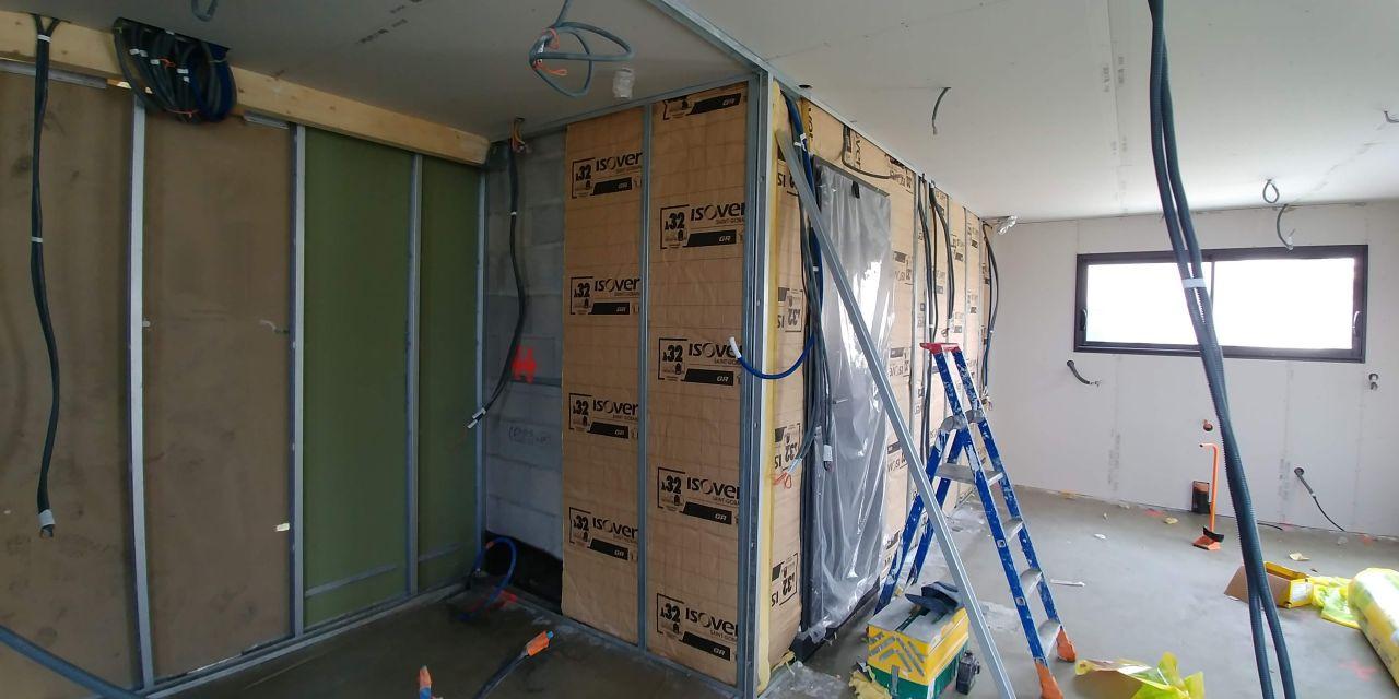 Cloison cellier/garage