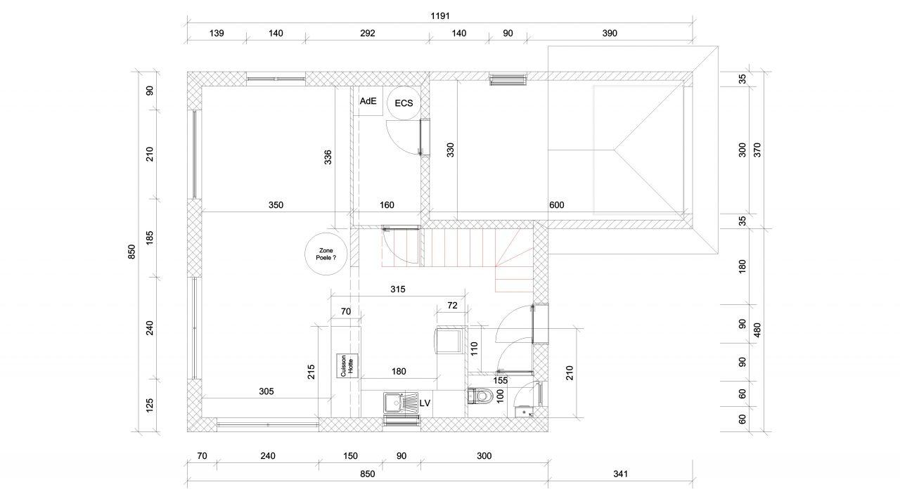 Rez-de-chaussée, cuisine / salon / salle à manger, buanderie, garage.