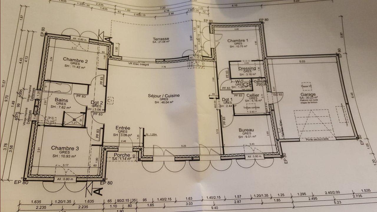 Plan intérieur légèrement modifié.