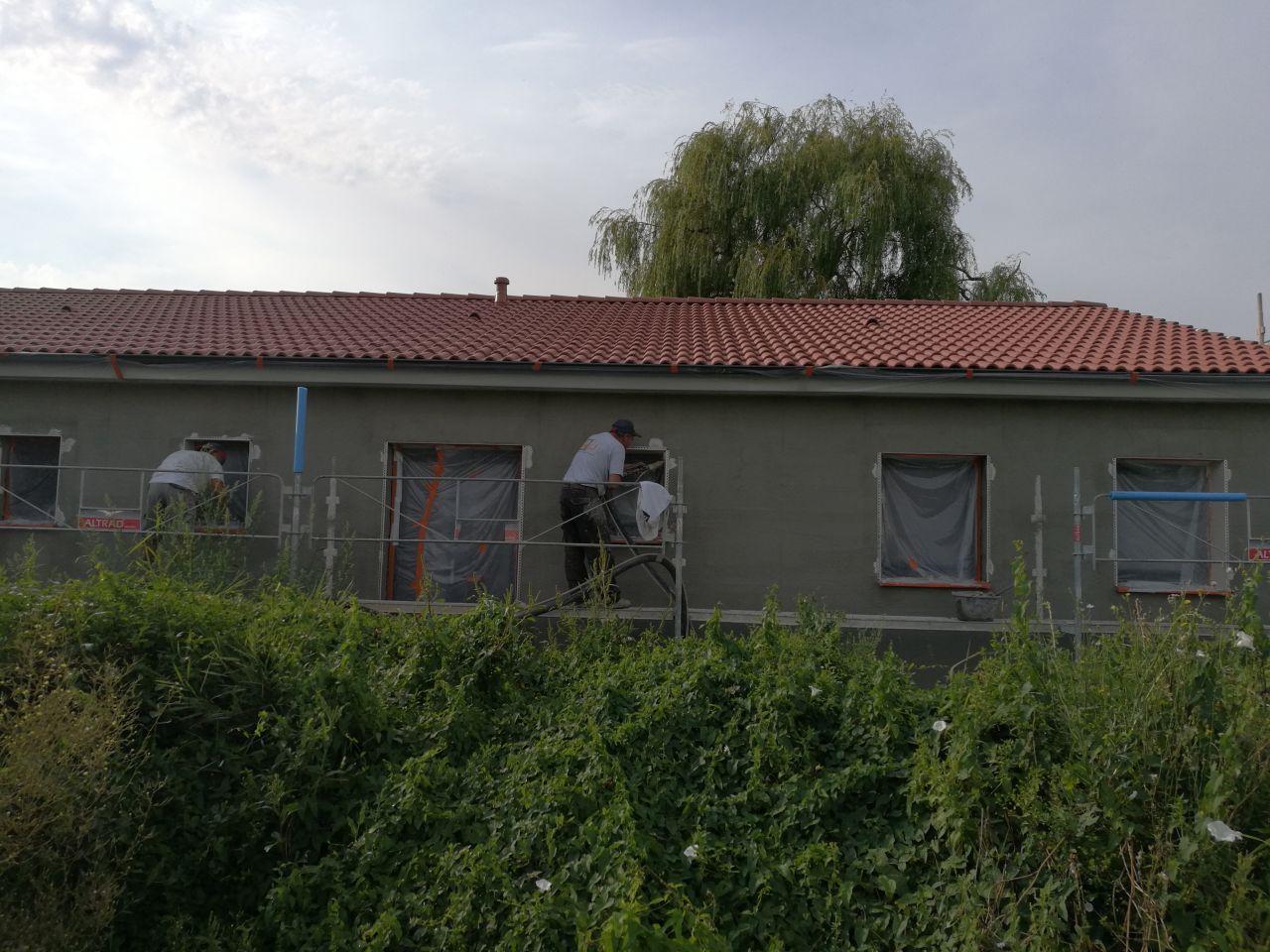 Préparation des support pour l'accroche du crépis projeté