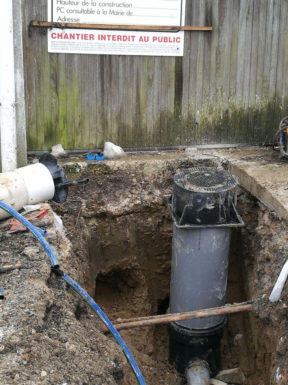 création de canalisations d'eau potable et assainissement sur voirie