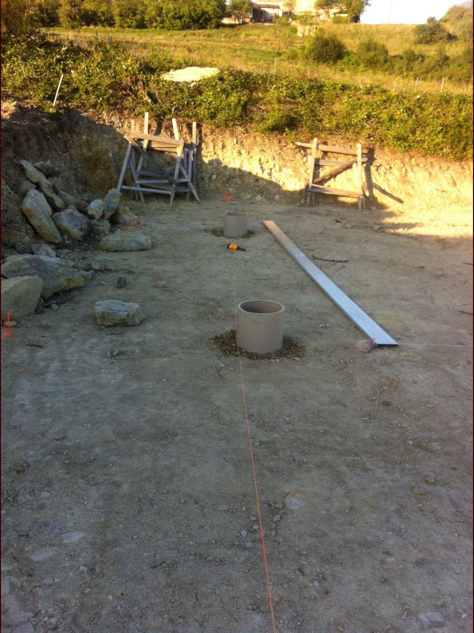 Installation des plots du studio avant coulage