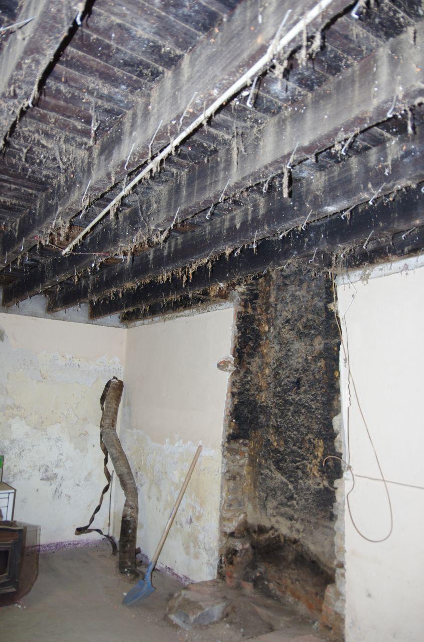La démolition de la cheminée