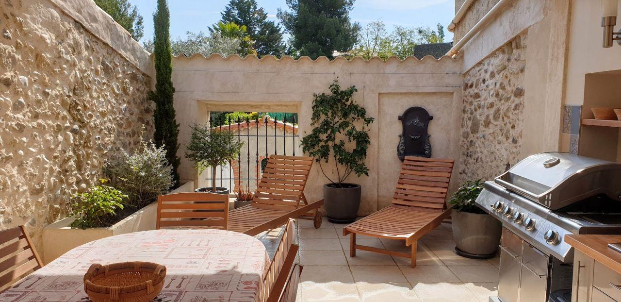Première utilisation de la terrasse d'été, une journée estivale...