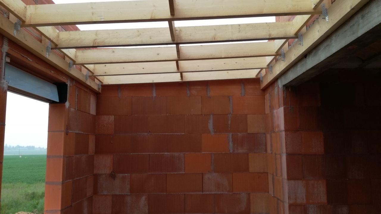 charpente toit plat posée - vue côté bureau
