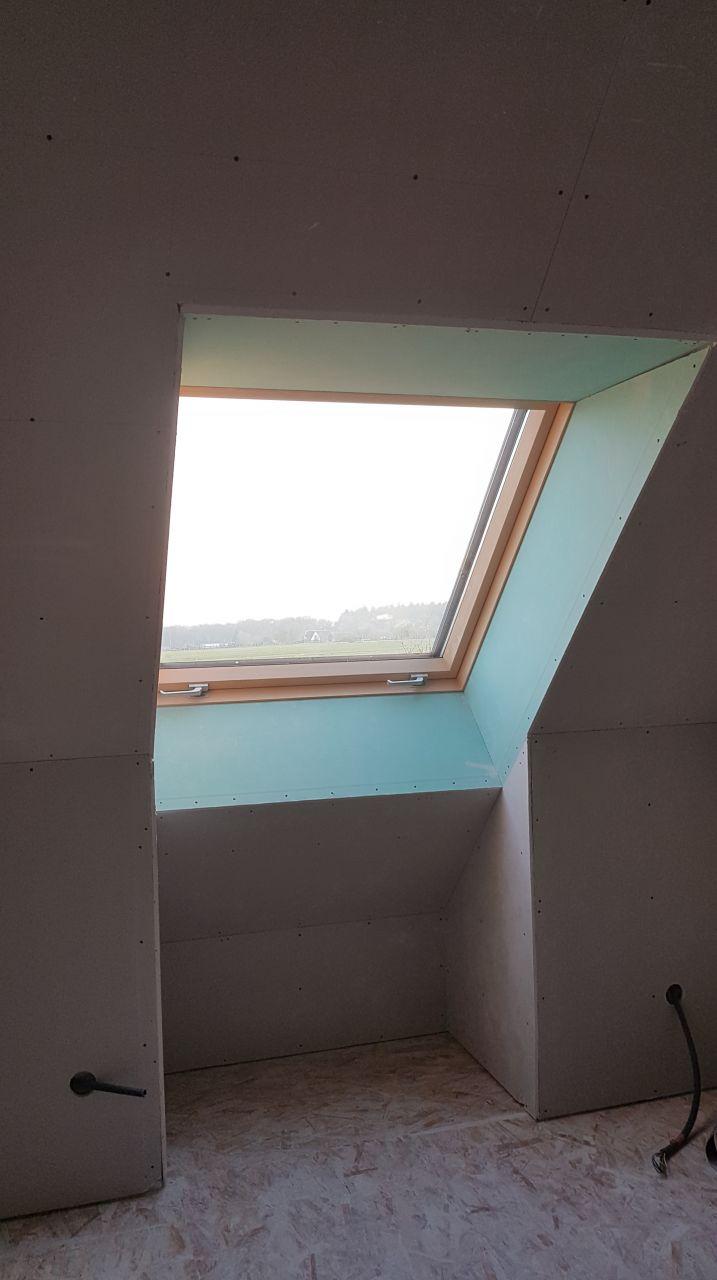entourage de fenêtre chambre N1 en placo hydro