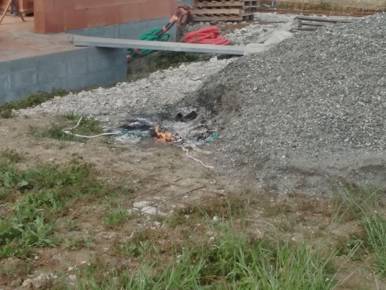 petit feu voisin direct