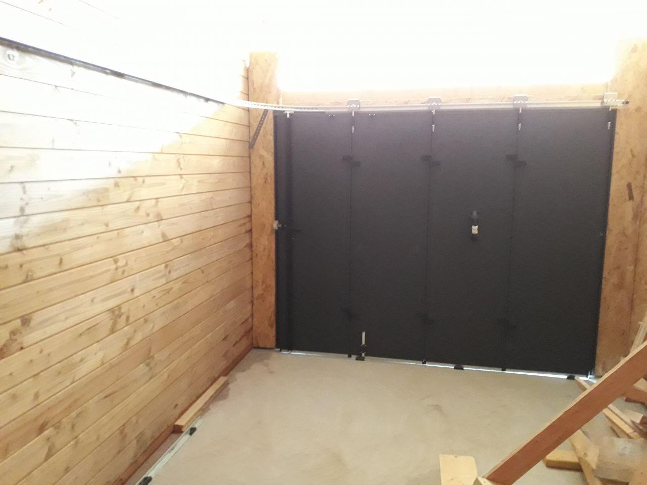 Porte de garage, vue intérieure