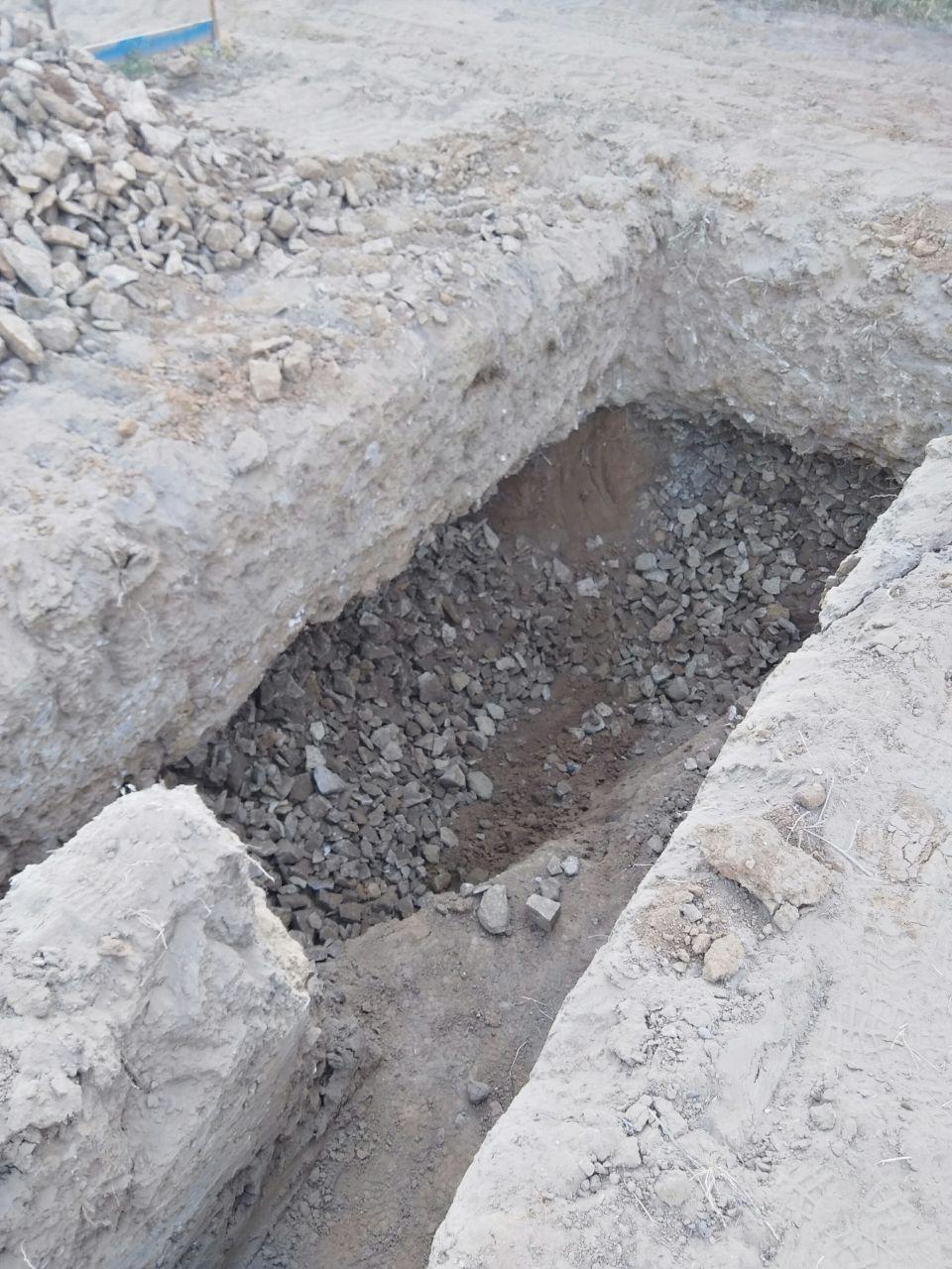 Vue sud sud ouest du terrassement montrant anomalie détectée à l'étude de sol