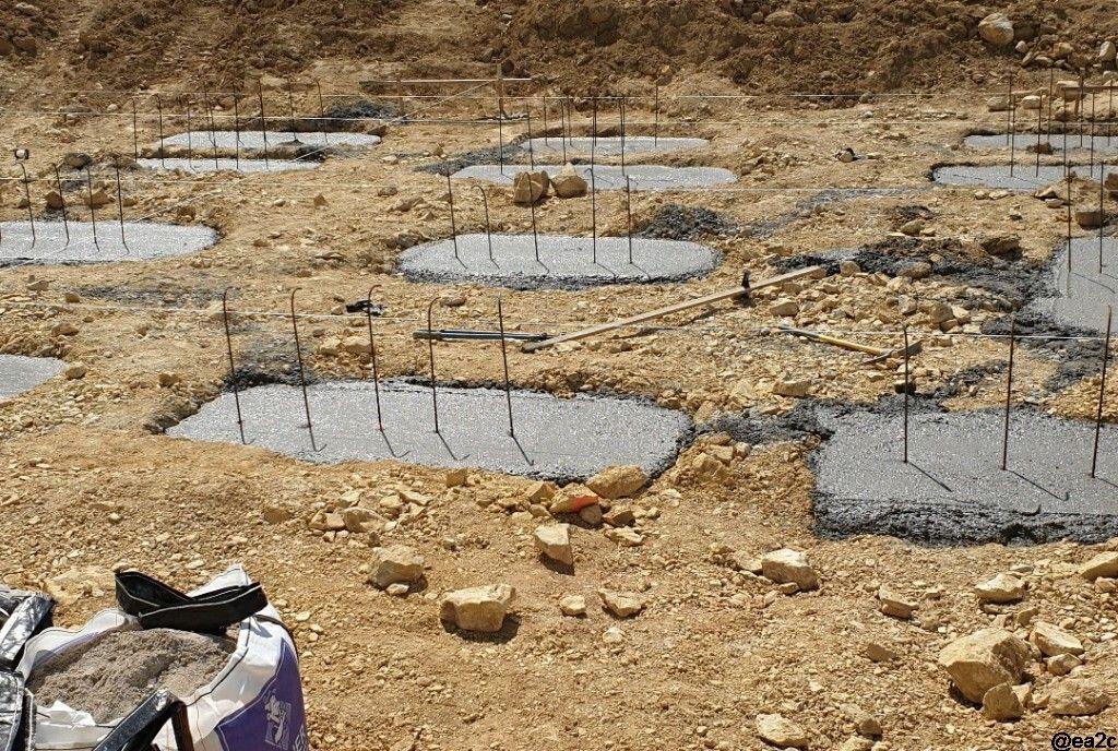 Massifs en place pour fondations type massifs-longrines