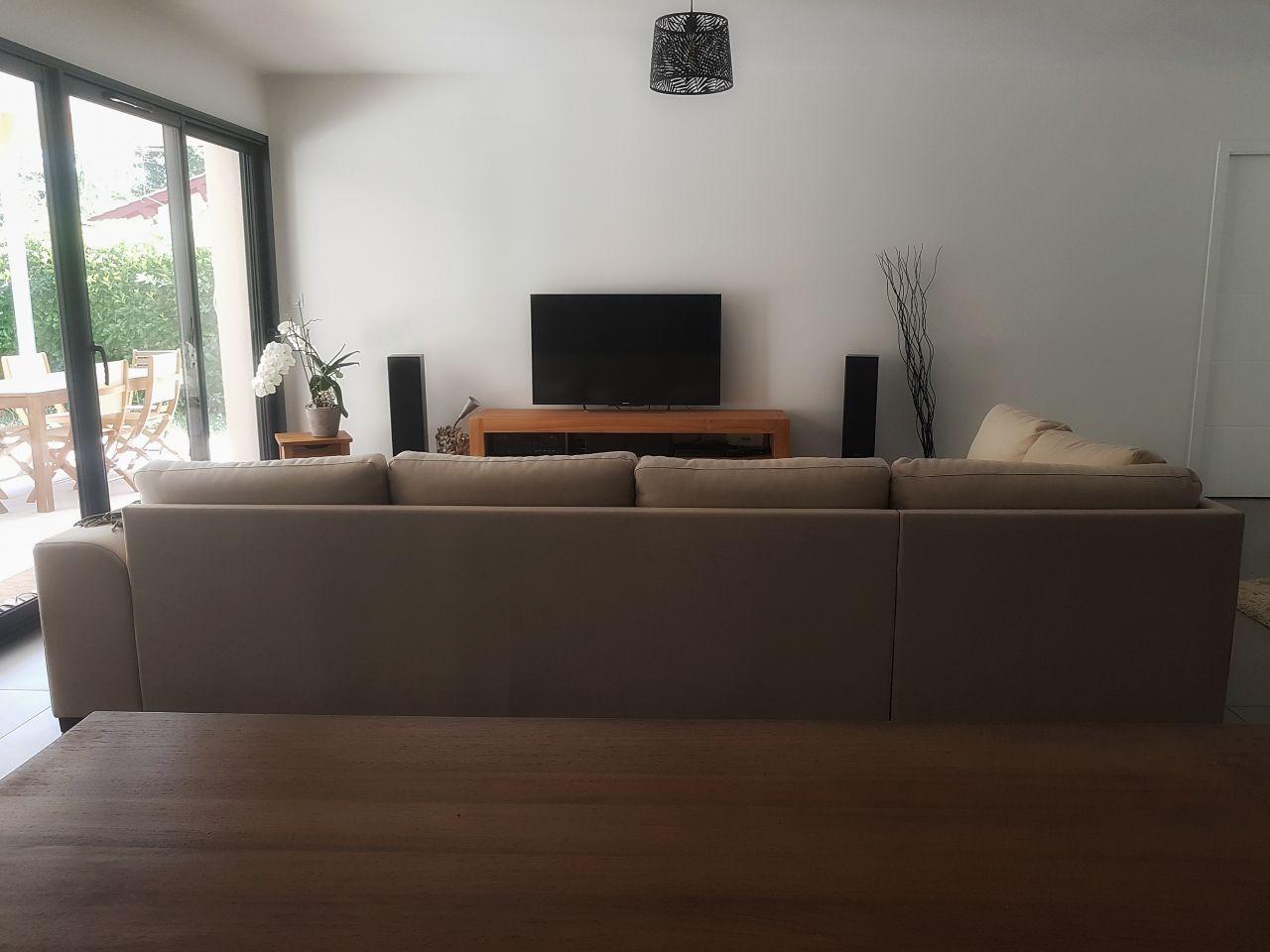 Une vue du salon