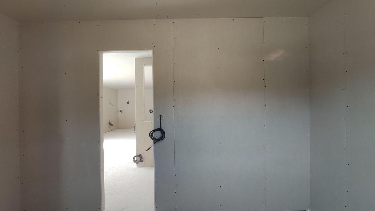 Fin du placo (cellier vue sur cuisine / sam / salon)