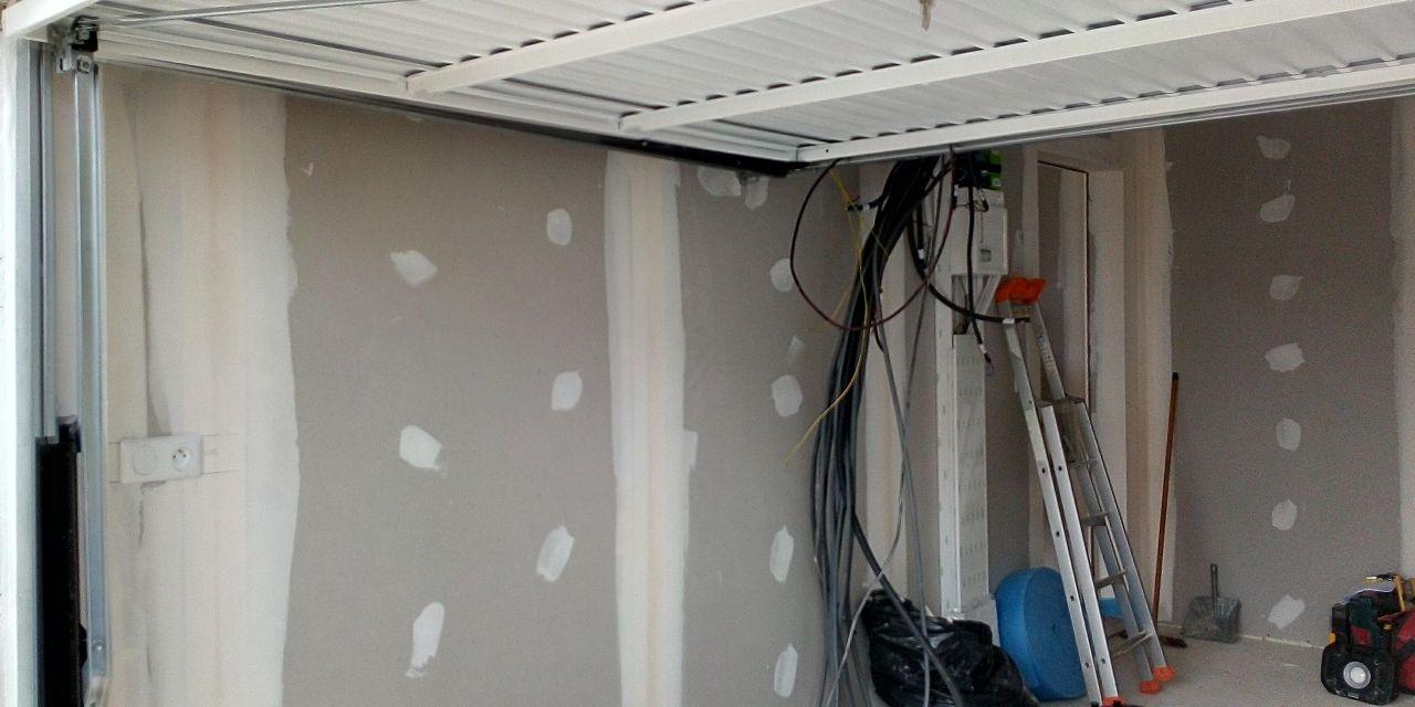 Installation tableau électrique en cours
