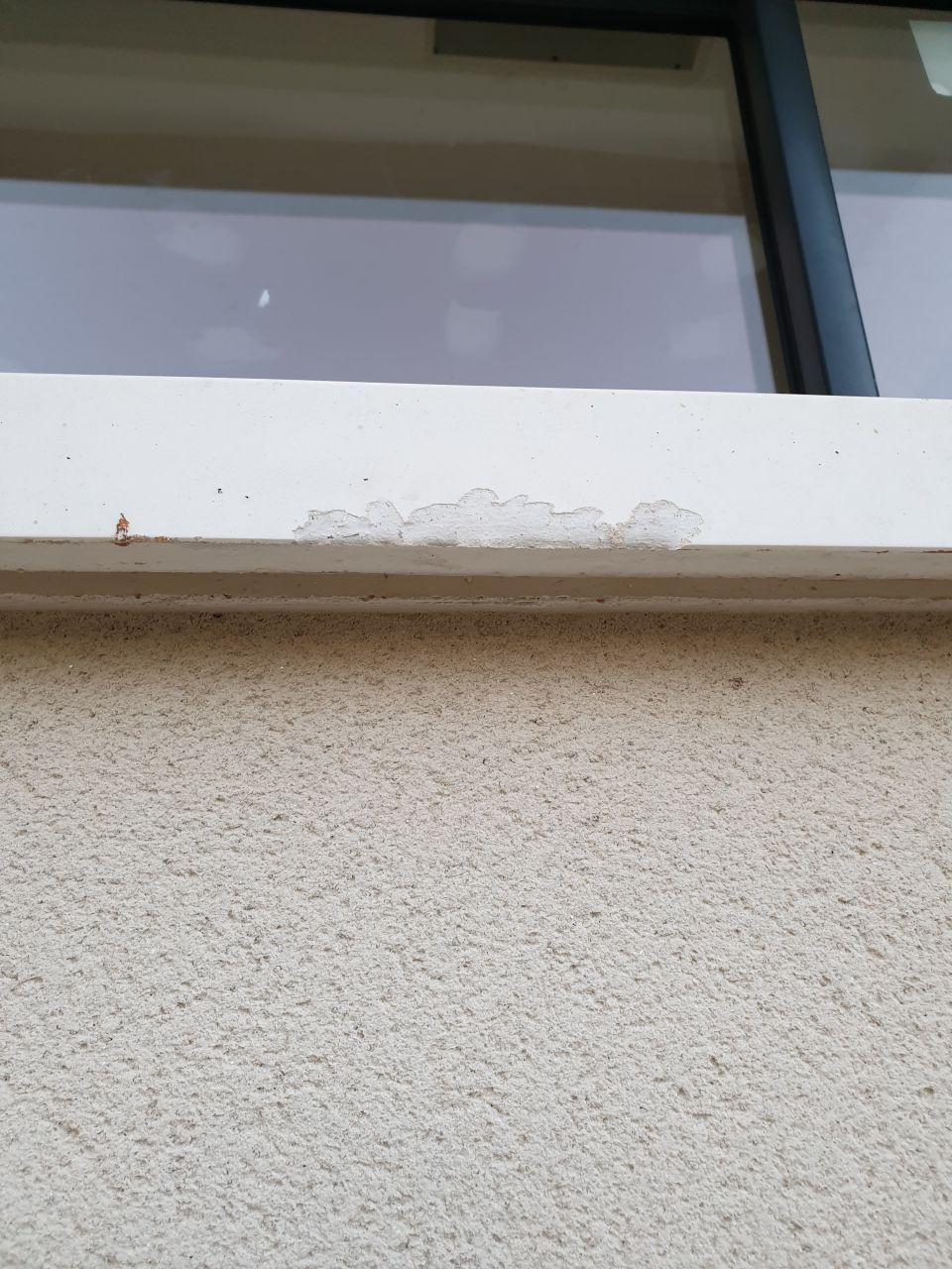 Appui fenêtre en cours de réparation