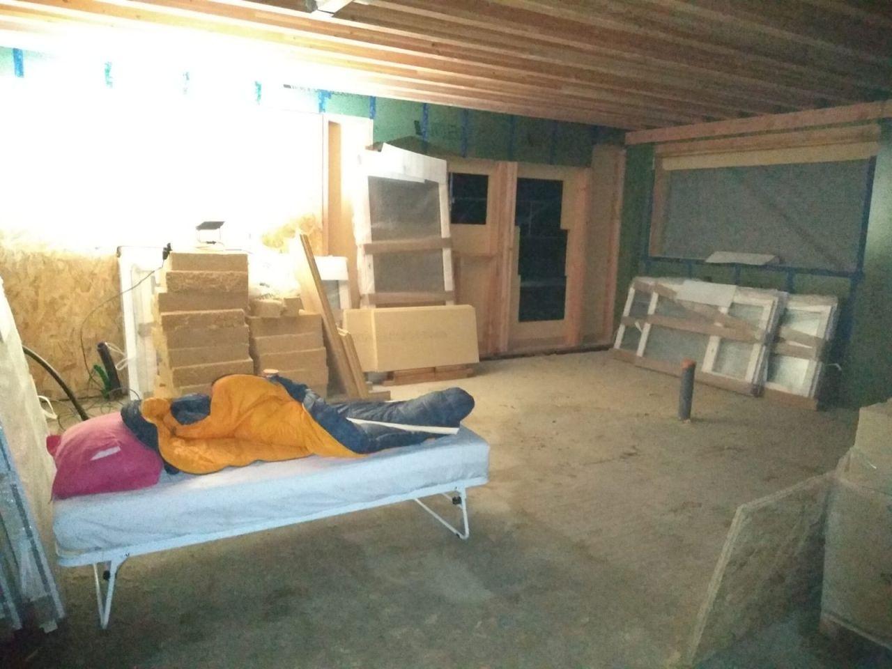 Camping pour éviter le vol des menuiseries