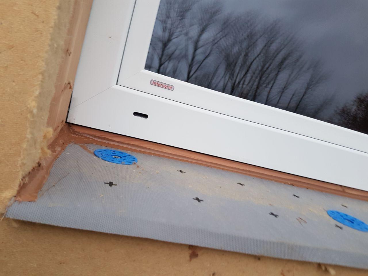 Détail de l'appuis de fenêtre isolé