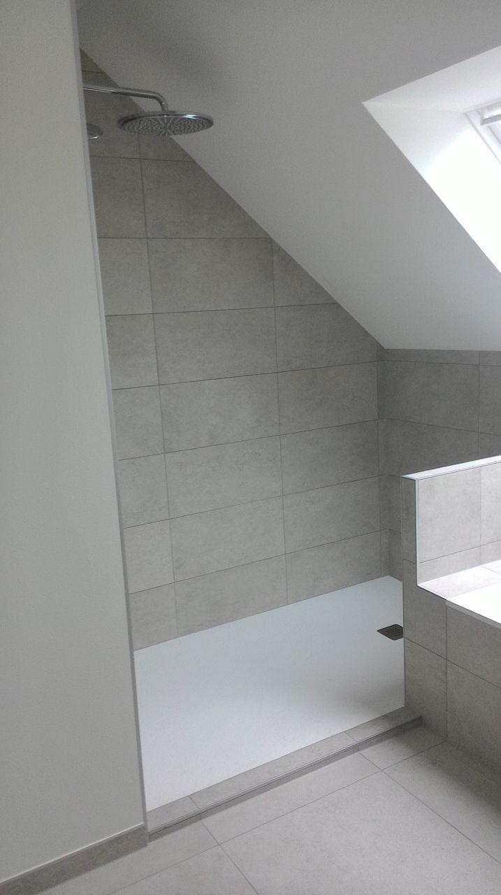 Salle de bain familiale 1er étage.