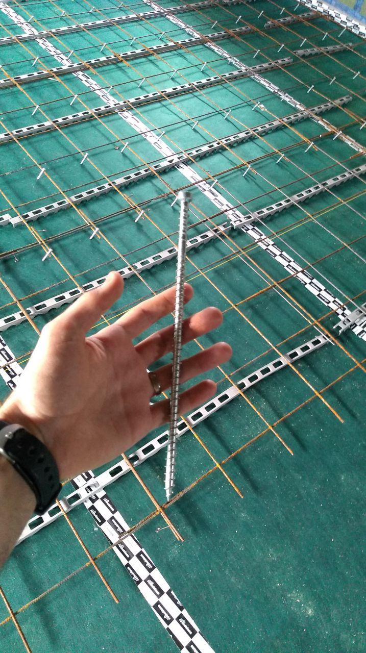 connecteur pour plancher collaborant bois/béton 9x240