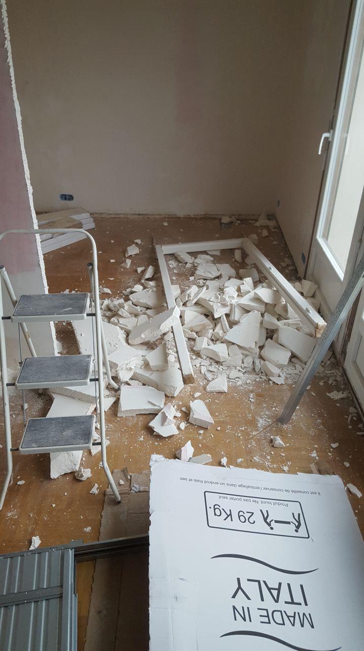 Chambre des filles <br /> Oups j'ai claqué trop fort la porte...