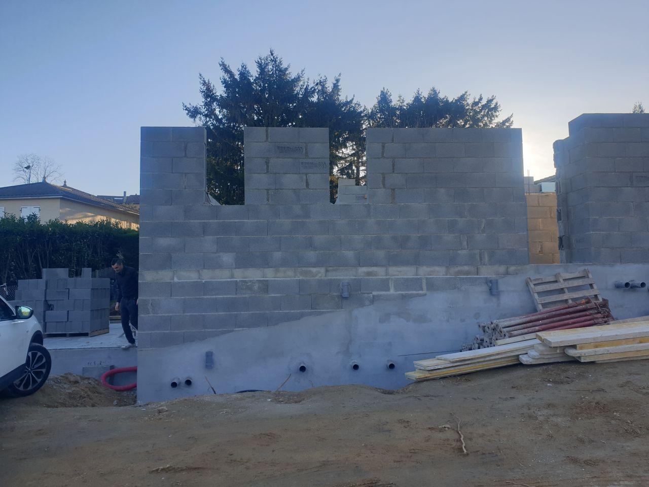 Elevation des murs - vue entrée