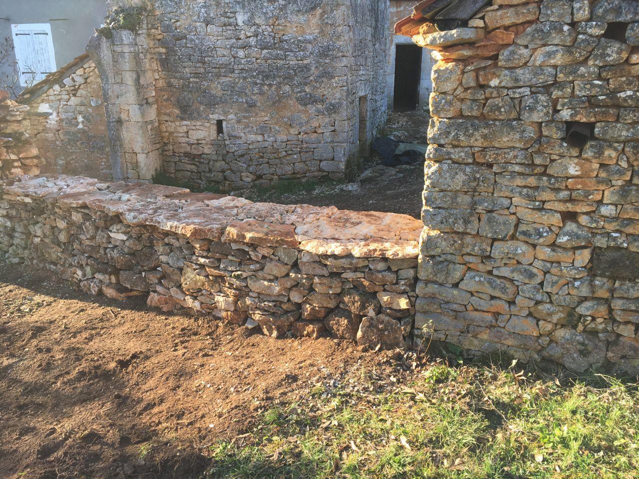 Muret pierres seches
