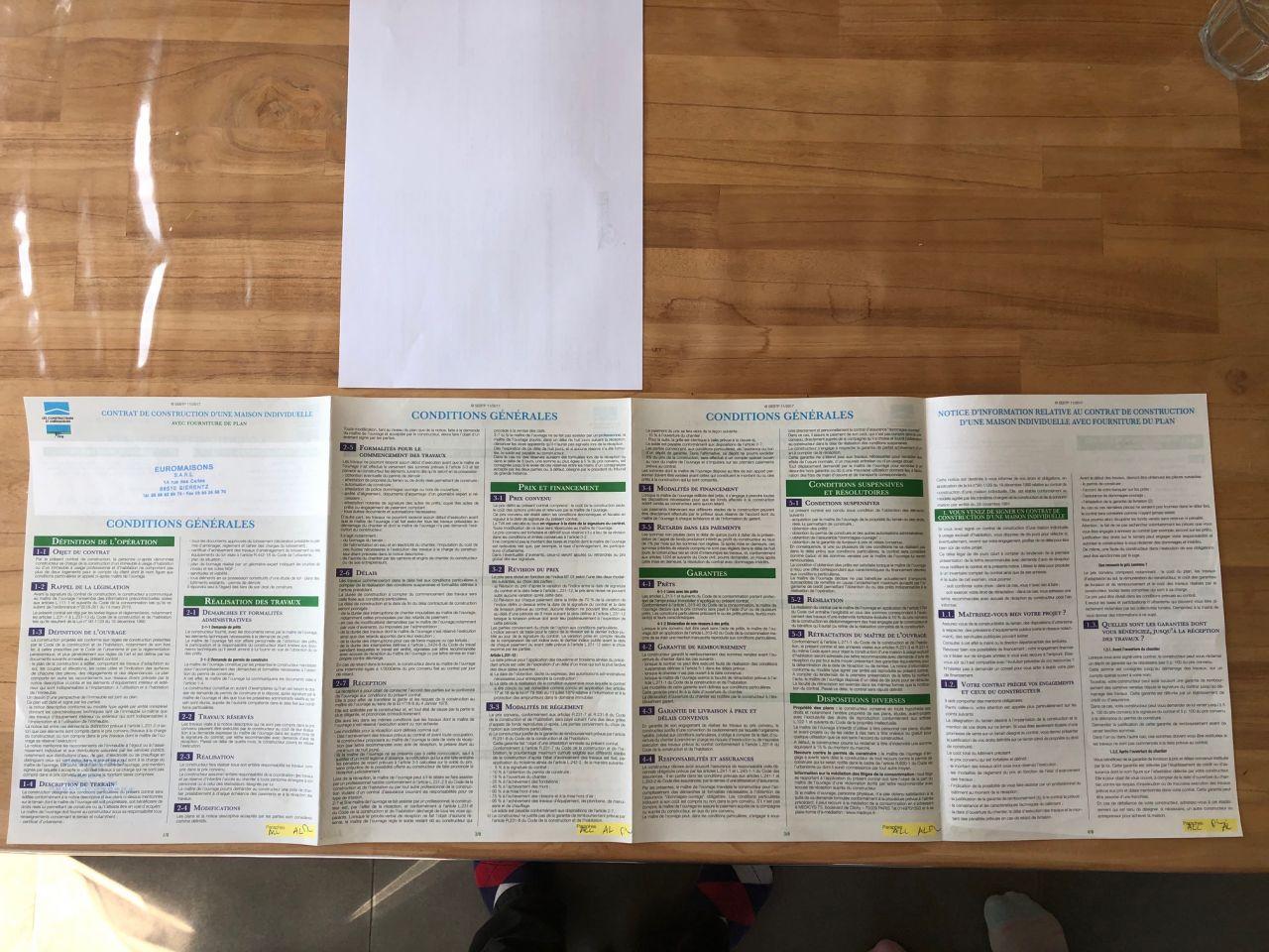 Contrat à toujours lire ! <br /> Conditions générales (3 feuilles A4) + conditions particulières + autres: xxx feuilles A4. <br /> Alors on a raté l'info et pas tout lu !