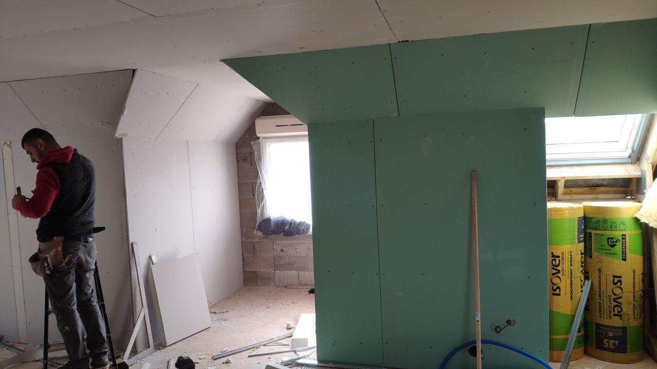 Salle de bain + palier